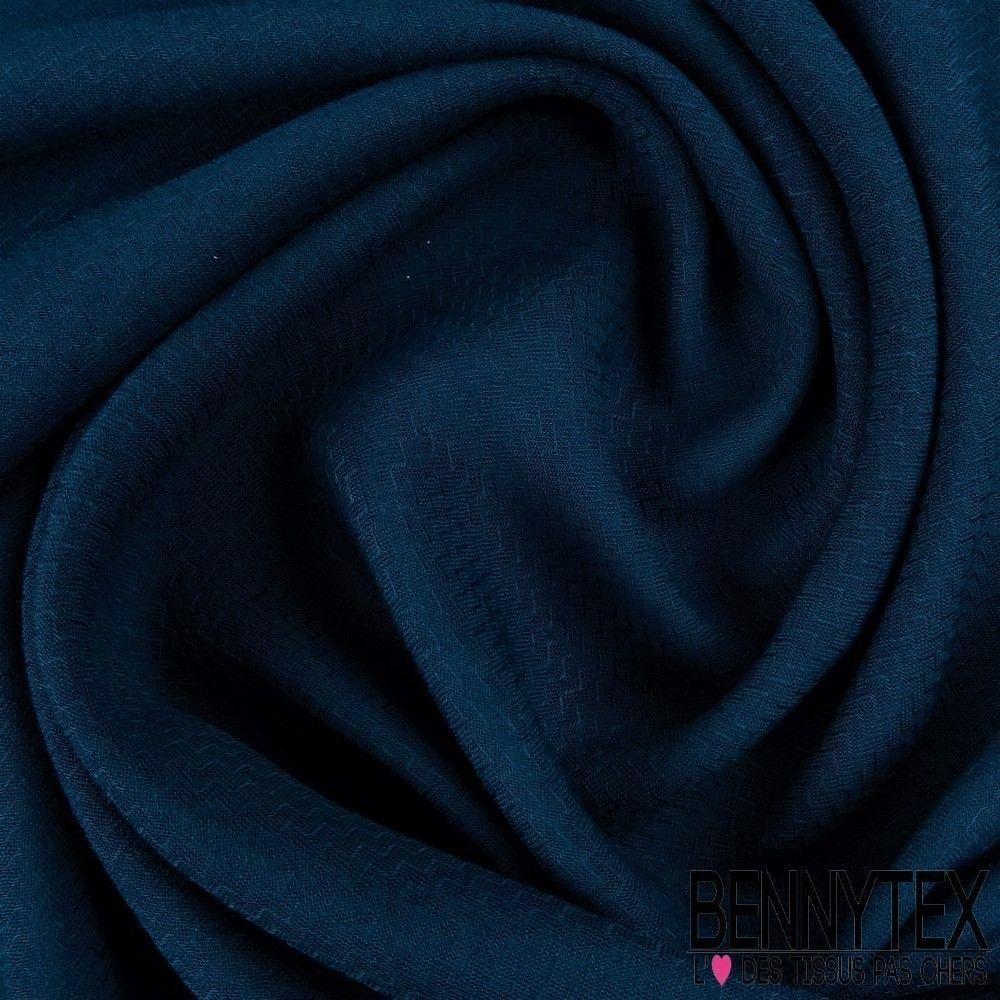 bleu canard couleur finest appartement sont en blanc mais un mur en couleur bien choisi car a. Black Bedroom Furniture Sets. Home Design Ideas