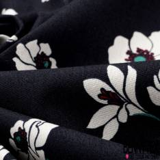 Coton Satin Motif Fleur Blanche avec Tige fond Bleu Nuit