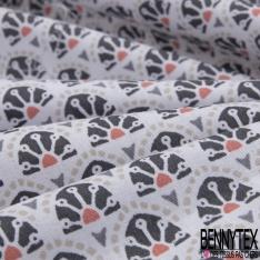 Coton imprimé petit motif original gris et corail sur fond blanc cassé