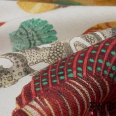 Coton demi natté imprimé digital motif poissons multicolores sur fond blanc cassé
