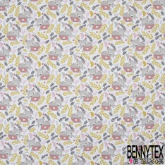 Coton imprimé motif renard balais feuille vert olive clair rose et gris Fond blanc cassé
