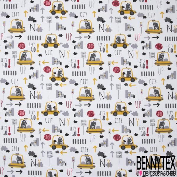 Coton imprimé motif taxi jaune dans les routes de New York Fond blanc