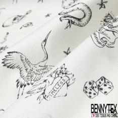 Satin Polyester Luxe Imprimé effet tatouage tête de mort étoile dé carte serpent et tigre noir Fond blanc