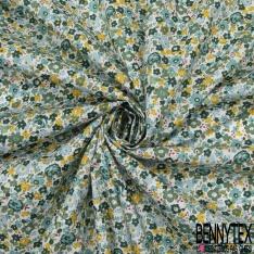 Coton imprimé Motif fleur effet peinture ton vert et bleu Fond blanc cassé