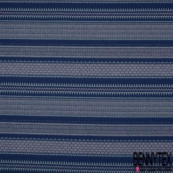 Maille Jacquard Motif rayure indienne bleu clair et écru Fond bleu marine