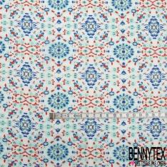 Fibranne Viscose Voile Imprimé Double Base Petit Motif Géométrique Vert Bleu Rouge fond Blanc